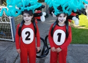 Thing 1 and Thing 2 balloon twisting.jpg