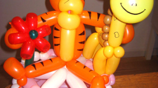 Tigre and friends balloon cake 1